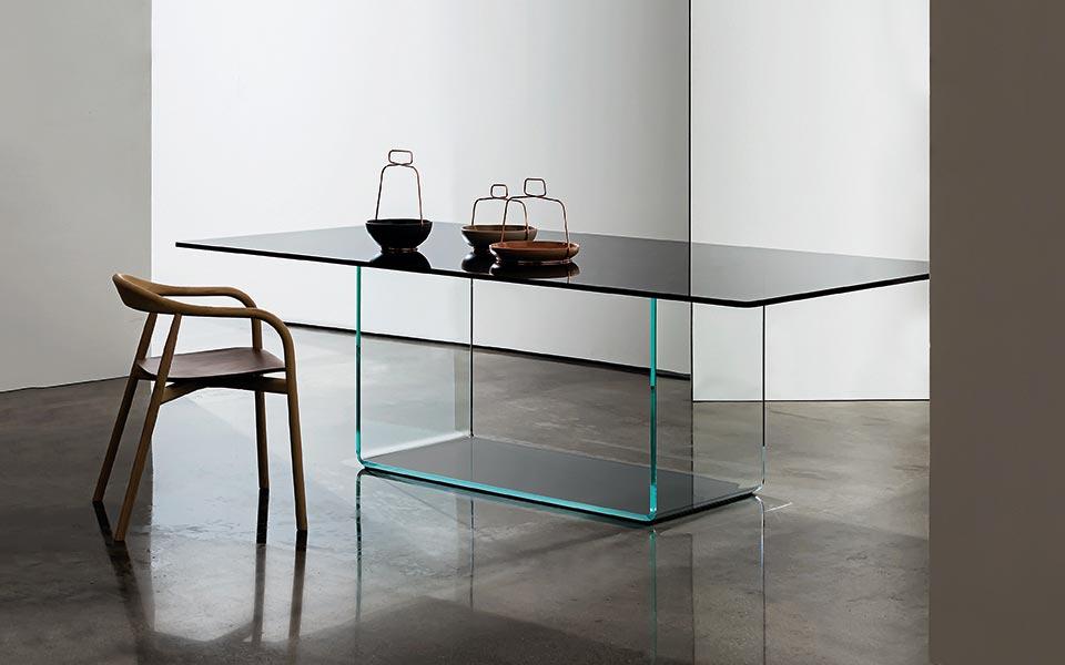 Tavoli e Tavolini 17